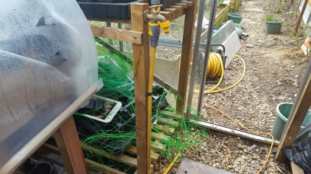 How to fit a greenhouse tap